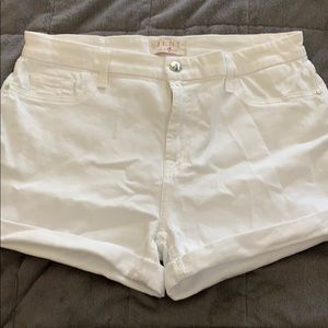 Jen 7 7 for all mankind white shorts size 10 nwot